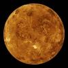 Peut-on « voir » les montagnes à travers les nuages de Vénus ?