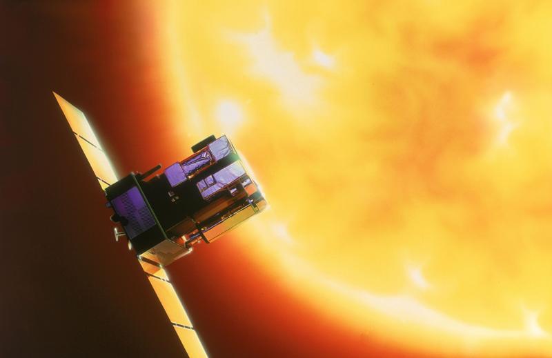 Le satellite SOHO est en orbite depuis 1995. Crédits : ESA.