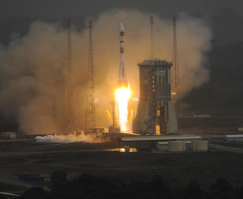 La fusée Soyouz a décollé pour la 1ere fois du centre spatial guyanais ce vendredi 21 octobre à 12h30 (heure de Paris). Crédits : ESA/CNES/Arianespace/S. Corvaja, 2011.
